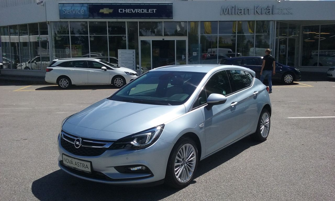 Opel Astra Innovation (110kW/150k)