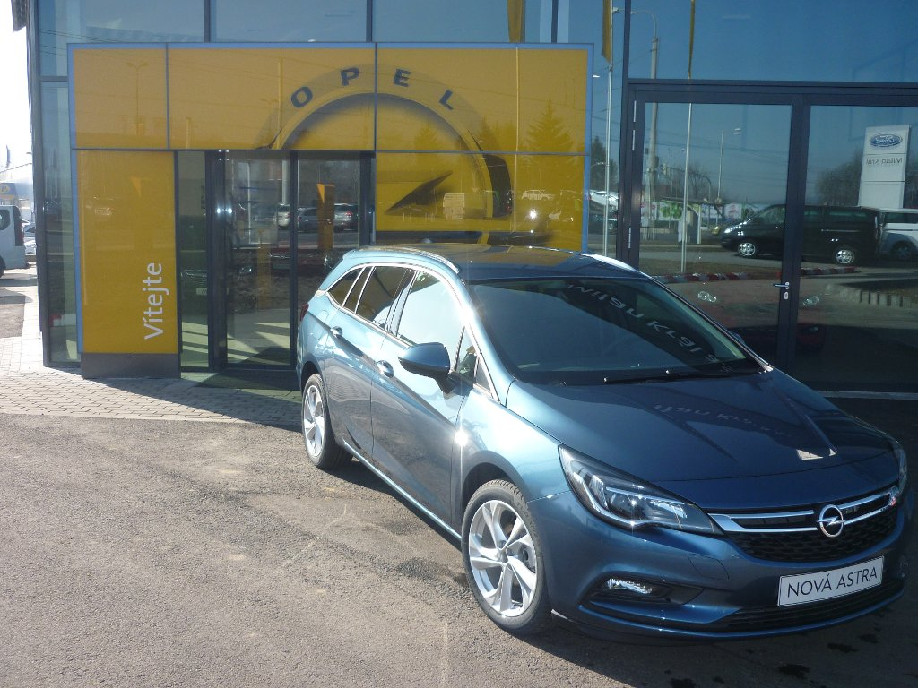 Opel Astra ST Innovation 1.4T (92kW/125k)