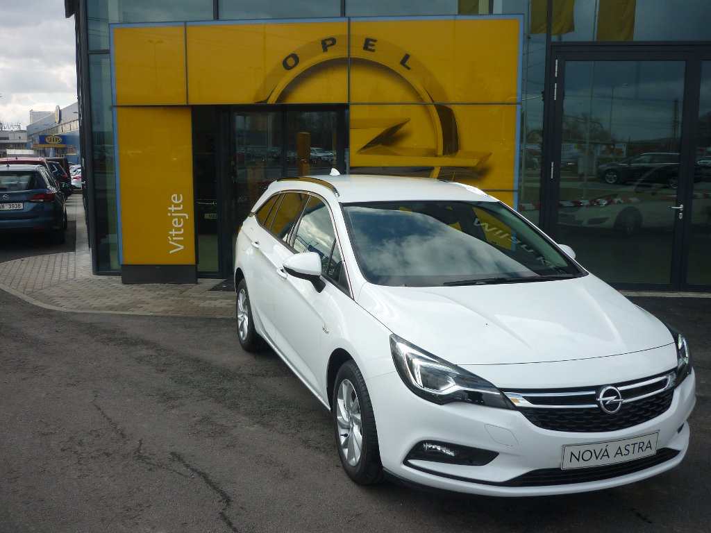Opel Astra K INNOVATION B1.4 / 92KW
