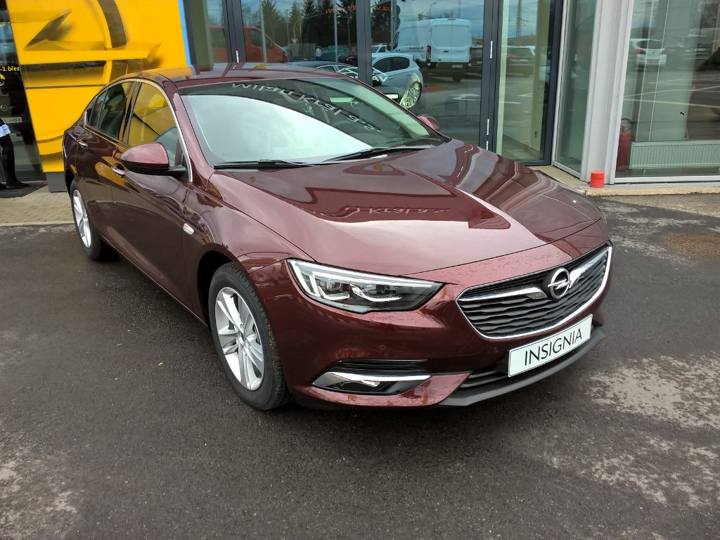 Opel Insignia Innovation B1.5XFT / 122kW AT6