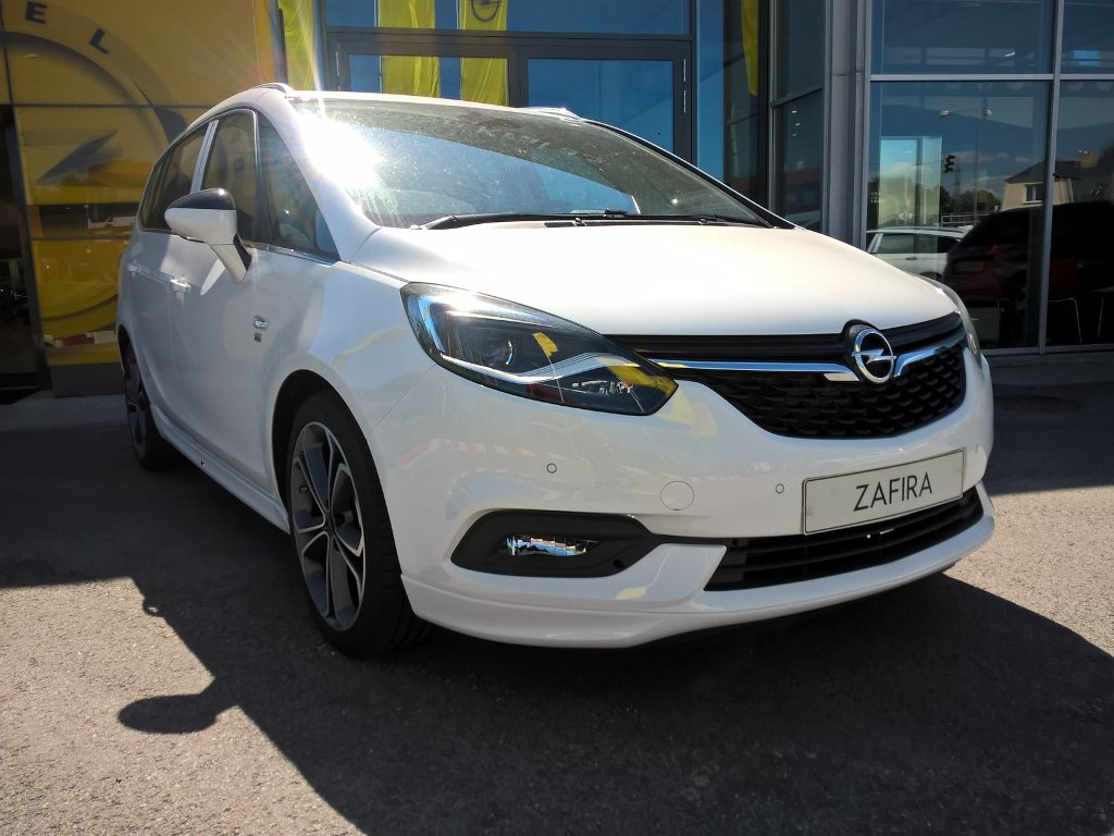 Opel Zafira Innovation 1,6 turbo 147kW