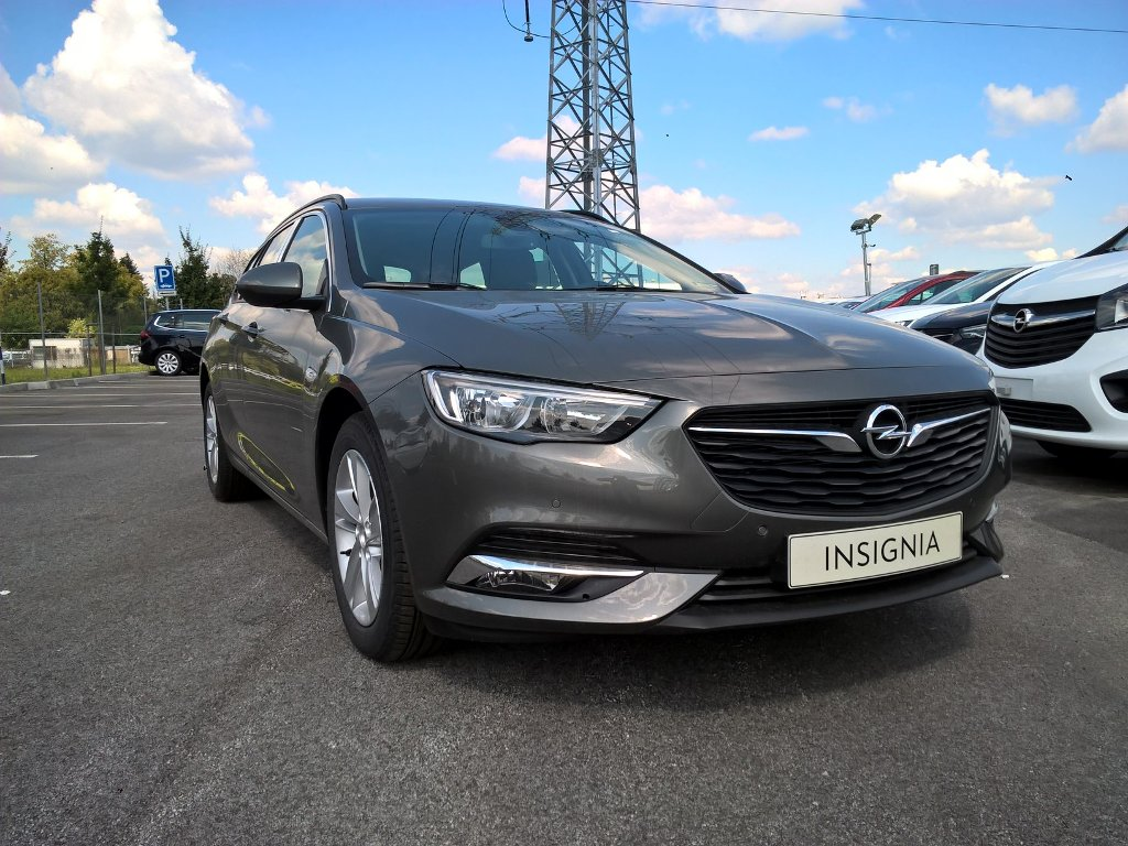 Opel Insignia Sports Tourer Edition 1,5
