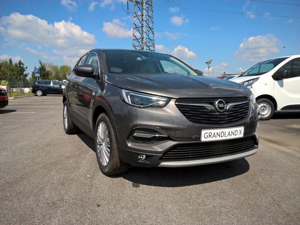 Opel Grandland X Innovation 1,2XHT MT6 96 kW